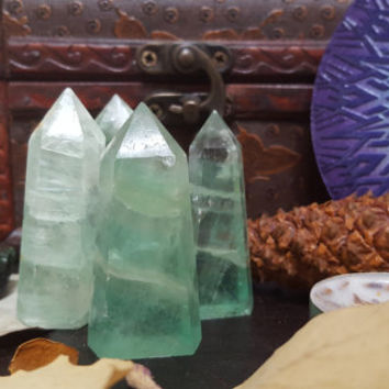standing green fluorite points