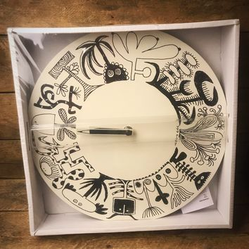Ikea Onskedrom Black and White Clock - plant and flower creatures