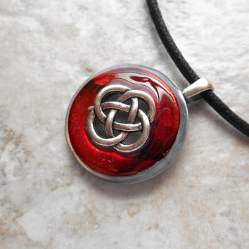 celtic knot necklace: red - mens jewelry - mens necklace - celtic jewelry - boyfriend gift - irish jewelry - unique gift - fathers day