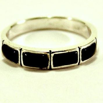 Vintage Sterling Silver 925 Ring 4mm Wide Band Black Onyx Size 6.5