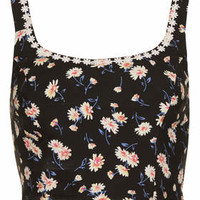DAISY CROP BY BAND OF GYPSIES