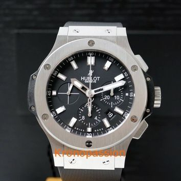 Hublot Big Bang Chronograph 44mm Ref.301.SX.1170.RX New !