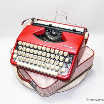 OLYMPIA SPLENDID 33 Red - 2 free ribbons  - vintage typewriter - portable typewriter - 1960s typewriter - working typewriter