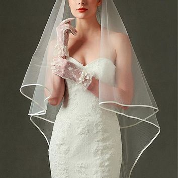 [6.99] In Stock Attractive Tulle Wedding Veil With Ribbon Edge - dressilyme.com
