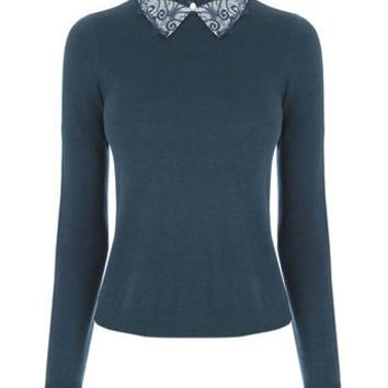 LACE COLLAR KNITTED TOP