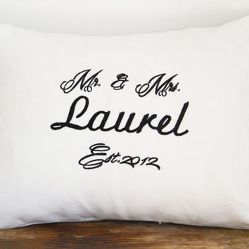 Mr & Mrs wedding pillow,Personalized wedding pillow, anniversary pillow cover,name pillow cover,newlywed pillow case,wedding gift (A49)