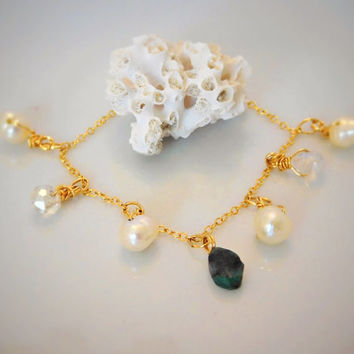 Pearl Bracelet - Emerald Bracelet - Bridesmaid Bracelet - Gold Bracelet - Wedding Jewelry - Bridal Jewelry - May Birthstone - Gemstone