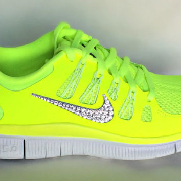 Nike Free 5.0 V4 Womens Color Neon Pink Coral White