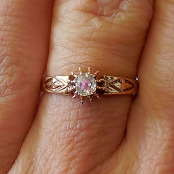 Vintage Antique .20ct Diamond 18k Yellow Gold Engagement Ring 1880's Victorian