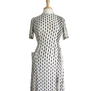 Vintage 1960s Dress Black and White Print Vertical Stripe  Short Sleeve Dress with Single Pocket on Right Hip and Pleated Detailing - XS/S