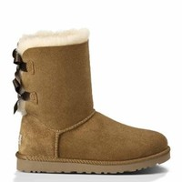 UGG Australia Womens Bailey Bow Boot, Chestnut, 7 B(M) US