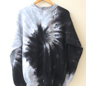Black and Gray Tie-Dye Crewneck Sweatshirt