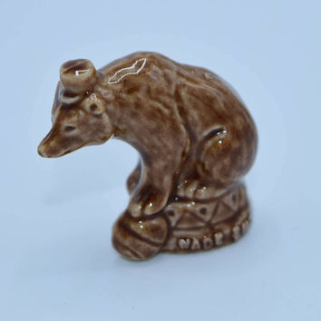 Miniature Wade Circus Bear Vintage Red Rose Tea Wade Circus Animal Series 1978-1979 Brown Bear Wade Collectible Wade Whimsies Circus Bear