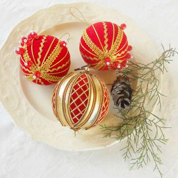 Vintage Set of 3 Velveteen and Gold Beaded Christmas Ornaments, Christmas Tree, Holiday Decor, CIJ, Collectible