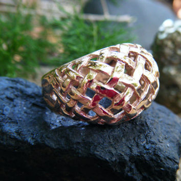 Solid gold woven basket ring, statement piece