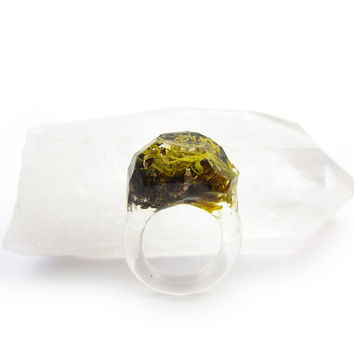 Smoke Lichen Resin Ring • Size 5.5 • Eco Resin Nature Ring • Asymmetrical Unusual Art Ring • Faceted Terrarium Ring • Nature Moss Ring