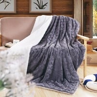 DaDa Bedding Castle Royalty Grey Soft Faux Fur w/ Sherpa Backside Throw Blanket (BL-171755)