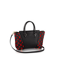 Products by Louis Vuitton: W BB