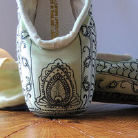 Mehndi Pointe Shoes, Hand Dyed and Painted