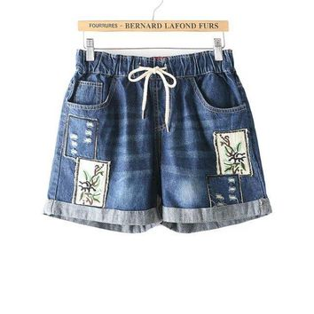 Hot 2017 Summer Shorts Women Vintage Club Jeans Denim Shorts Sexy National Wind Retro Patch Embroidery  Ripped Shorts