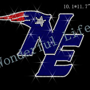 "Free shipping  Rhinestone Transfer ""New England Patriots"" Hotfix  Iron On Bling Shining Image Design"