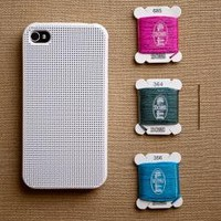 purl soho | products | item | iphone 4 & 4s cross stitch case (leese design)