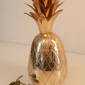 """Brass Pineapple Trinket Dish/ Storage Dish/ Lidded Pineapple/ Pineapple container/ Candle Holder/ Hollywood Regency MCM/ Hospitality/ 5.25"""""""