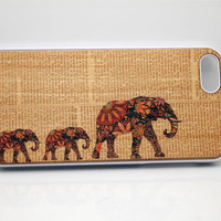 iphone 5 case,Natural Wood iphone 5 4 4s case,wood iphone case,Real wood case, iphone Wood case, Elephant iphone, Maple wooden iphone case.