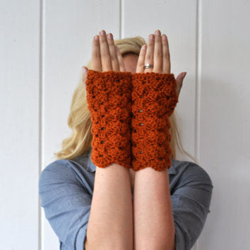 Lacy Fingerless Gloves / Wrist Warmers in Burnt Orange - Pumpkin