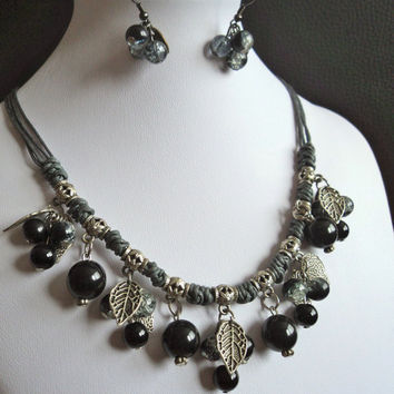 Stone Bead Necklace Black and Grey by Lunarpearl on Etsy