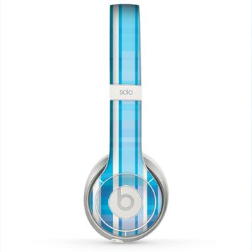 The Vintage Blue Striped Pattern V4 Skin for the Beats by Dre Solo 2 Headphones