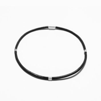 MAGNETIC LEATHER CHOKER