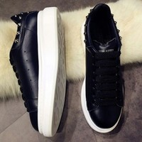 Alexander : McQueen Fashionable casual shoes