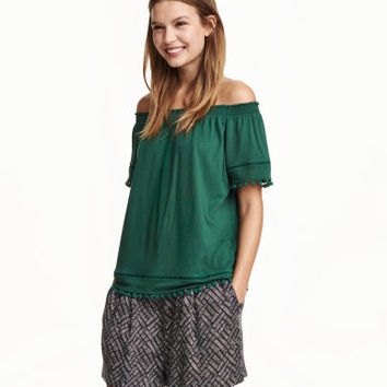 H&M Off-the-shoulder Top $9.99