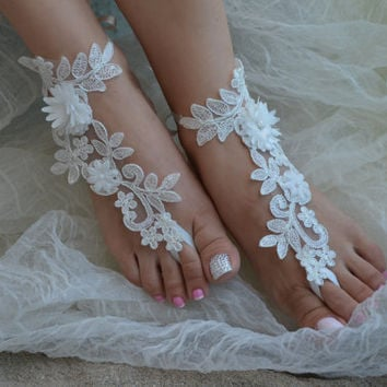 ivory lace barefoot sandals, lace shoes, bridesmaid gift, beach shoes, beach wedding barefoot sandals, Elegant brides, Free ship