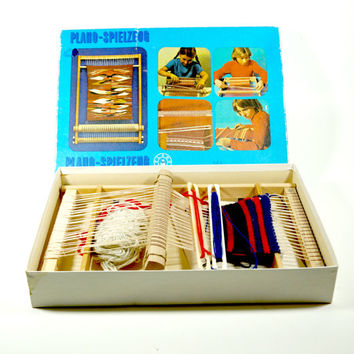 Weaving Loom Kit for Beginners, Vintage Wooden Child's Loom, Frame Loom Weaving Kit, Vintage Weaving, Crafts, Germany, Gift for girl