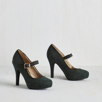 Minimal Balcony Believer Heel in Conifer by ModCloth