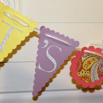 It's A Girl Banner, Baby Shower Decoration, Photo Prop, Birth Announcement - Any occasion banners