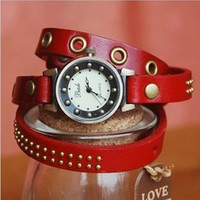 MagicPiece Handmade Vintage Style Leather Watch For Women Leather Wrap Watch of Vintage Style in 5 Colors: Red