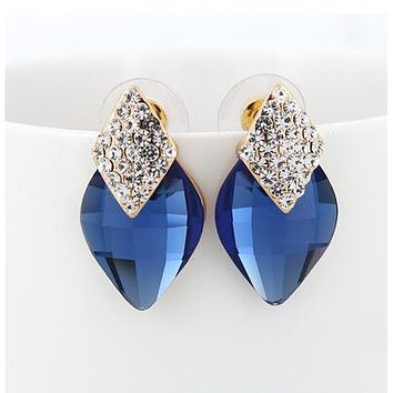 Exquisite Geometric Rhinestone Police Support Earrings