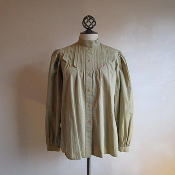 Vintage Romantic Regina Porter Blouse Vintage 80s Khaki Pleated High Collar Button Up Safari Pin Tuck 1980s Designer Chemise Shirt 12
