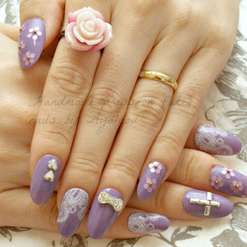 Japanese 3D nail, 3D nail, pastel goth, cross, flower, silver, purple, white, 2015 trend, nail art, bling, Harajuku, gyaru, press on nails