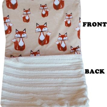 Luxurious Plush Carrier Blanket Foxy