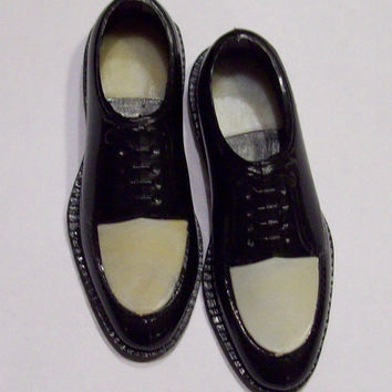 Vintage Miniature Plastic Men's Shoes - Doll or Ad Display Old Spectator Shoes, Black-White, Hong Kong