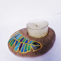 Feather tea light Artisan stone Painted stone Feather decor Bohemian decor
