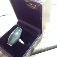 Mid century modern sterling silver ring with unique set stone bloodstone dark green size 5