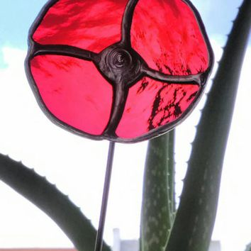 Red Poppy Flower Glass Suncatcher, Vase or Plant Pot Decoration, Everyday Indoor or Outdoor Garden Stake Yard Art for Patio Conservatory