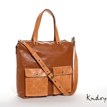 Brown leather shoulder bag. Women's leather handbag. Cognac brown, orange with antique effect.