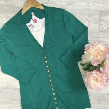 Oh Snap Summer Cardigan in Kelly Green