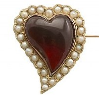 5.65 ct Garnet and Seed Pearl, 14 ct Yellow Gold 'Heart' Brooch - Antique Circa 1890